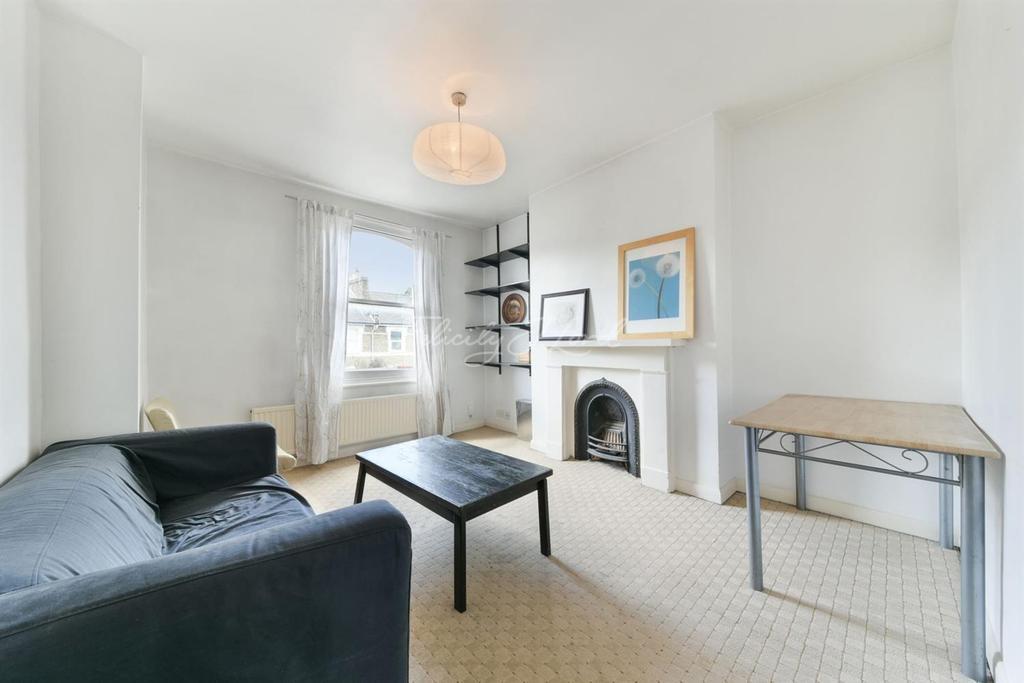 2 Bedrooms Flat for sale in Brooke Road, N16