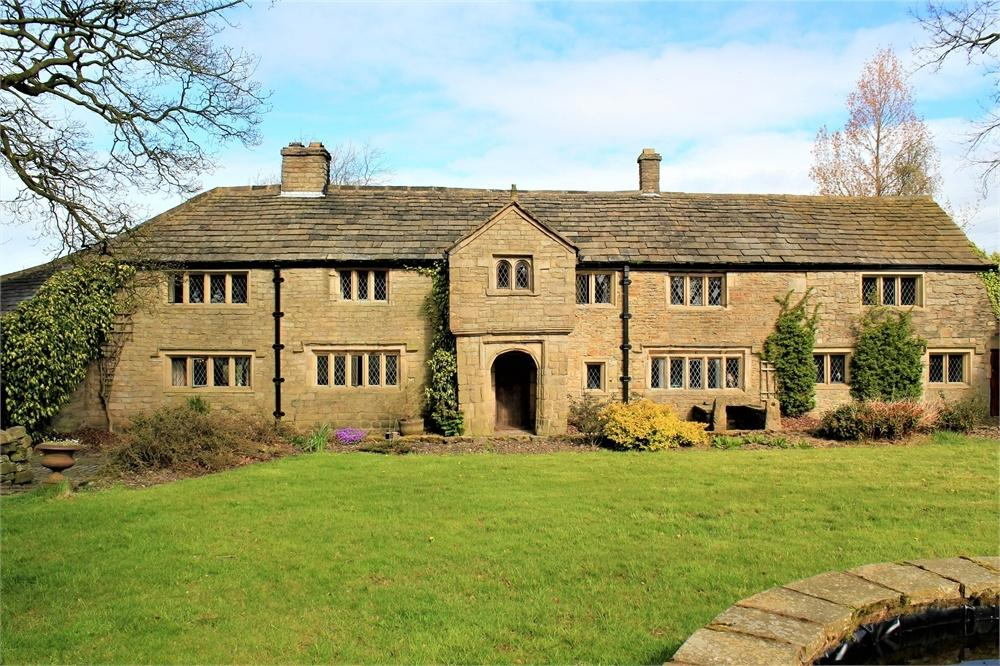 4 Bedrooms Detached House for sale in Eddyholes Farm, Whalley Old Road, Blackburn