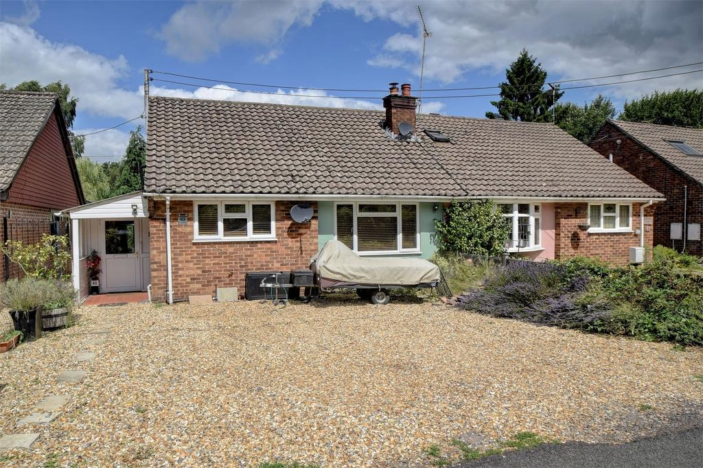 3 Bedrooms Semi Detached Bungalow for sale in Mint Road, LISS, Hampshire