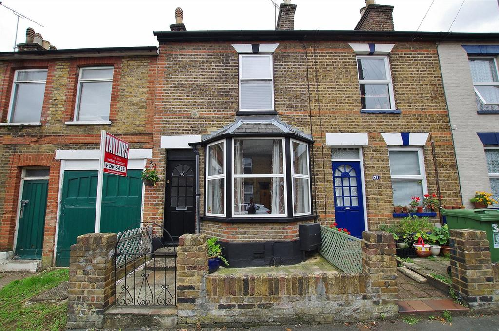 2 Bedrooms Terraced House for sale in Sutton Road, Watford, Hertfordshire, WD17