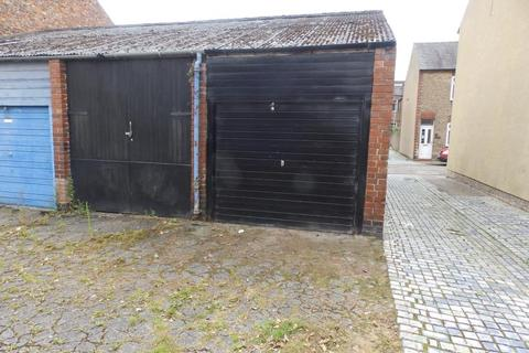 Garage to rent - GARAGE, SUTHERLAND STREET, YORK, YO23 1HG