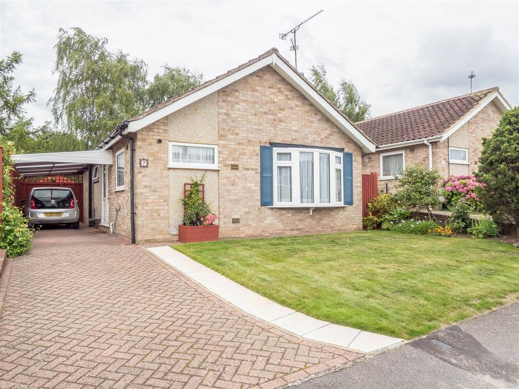 2 Bedrooms Bungalow for sale in Spurway, Bearsted, Maidstone