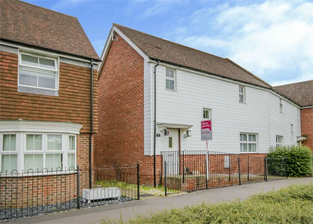 3 Bedrooms End Of Terrace House for sale in Harrier Way, Bracknell, Berkshire