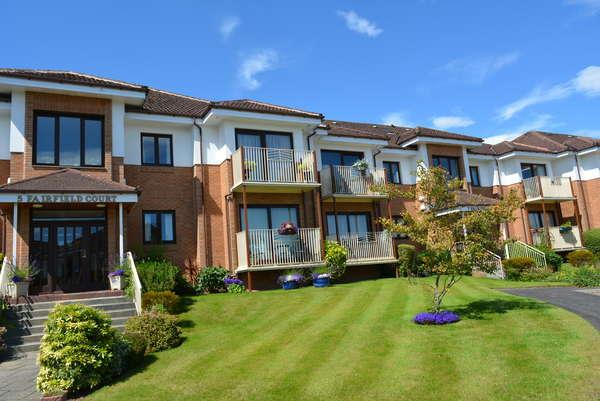 2 Bedrooms Flat for sale in 5D Fairfield Court, Clarkston, Glasgow, G76 7YG