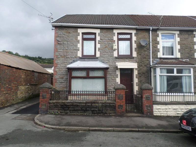 4 Bedrooms End Of Terrace House for sale in Dolgwilym Street, Pontygwaith, Ferndale