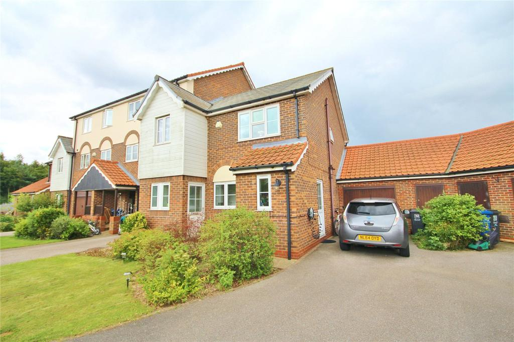 3 Bedrooms End Of Terrace House for sale in The Moorings, Burton Waters, LN1