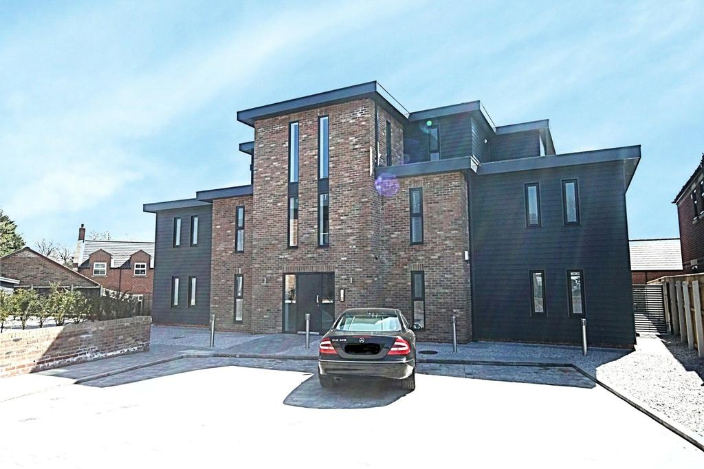 3 Bedrooms Flat for sale in South View, Eaglescliffe