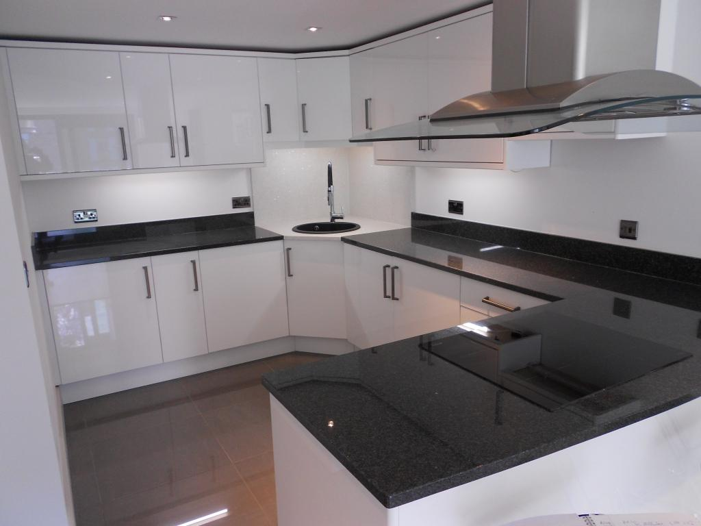 2 Bedrooms Apartment Flat for sale in Millharbour, London, E14