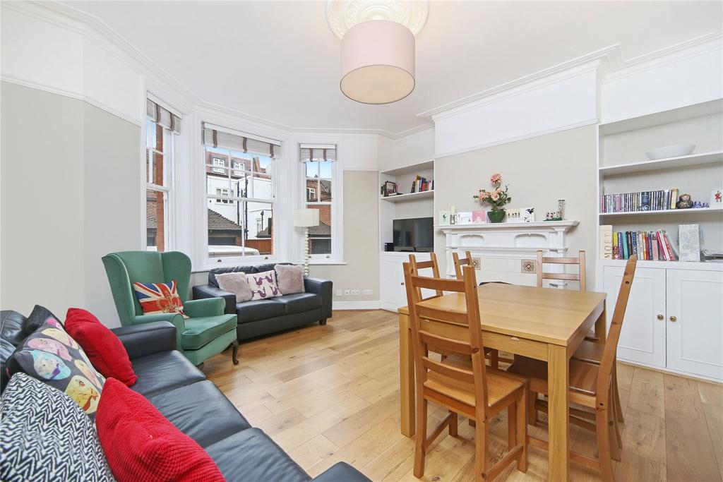 3 Bedrooms Flat for sale in Pater Street, Kensington, London