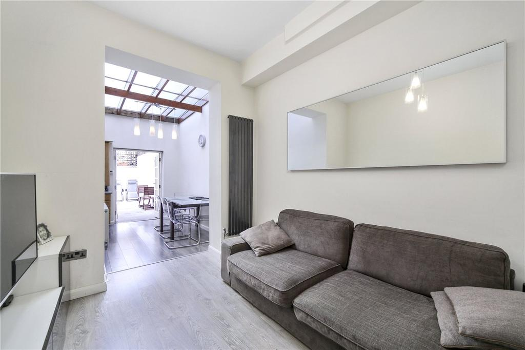 2 Bedrooms Flat for sale in Greyhound Road, London, W6