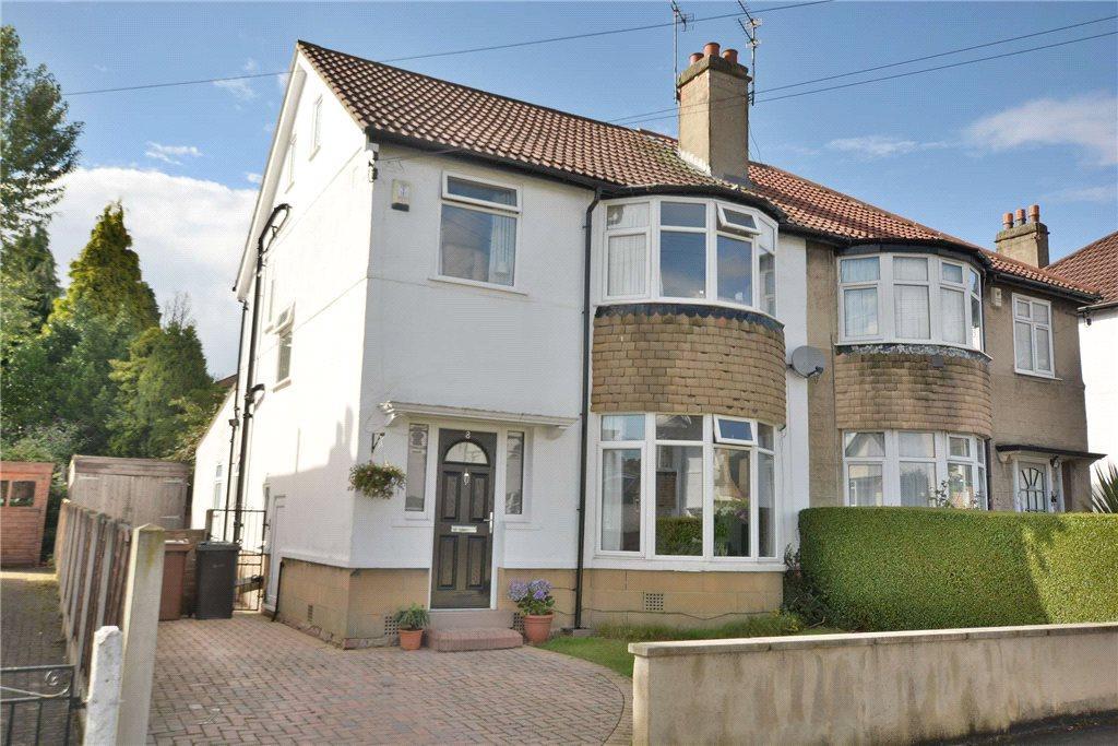 4 Bedrooms Semi Detached House for sale in Allerton Grange Drive, Moortown, Leeds