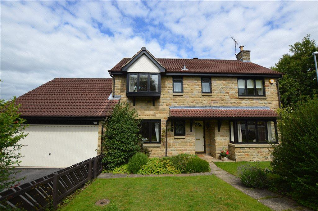 3 Bedrooms Detached House for sale in Bishopdale Drive, Collingham, Wetherby, West Yorkshire