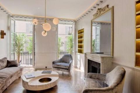 2 bedroom house  - Siene-Tournon, Saint Sulpice, Paris