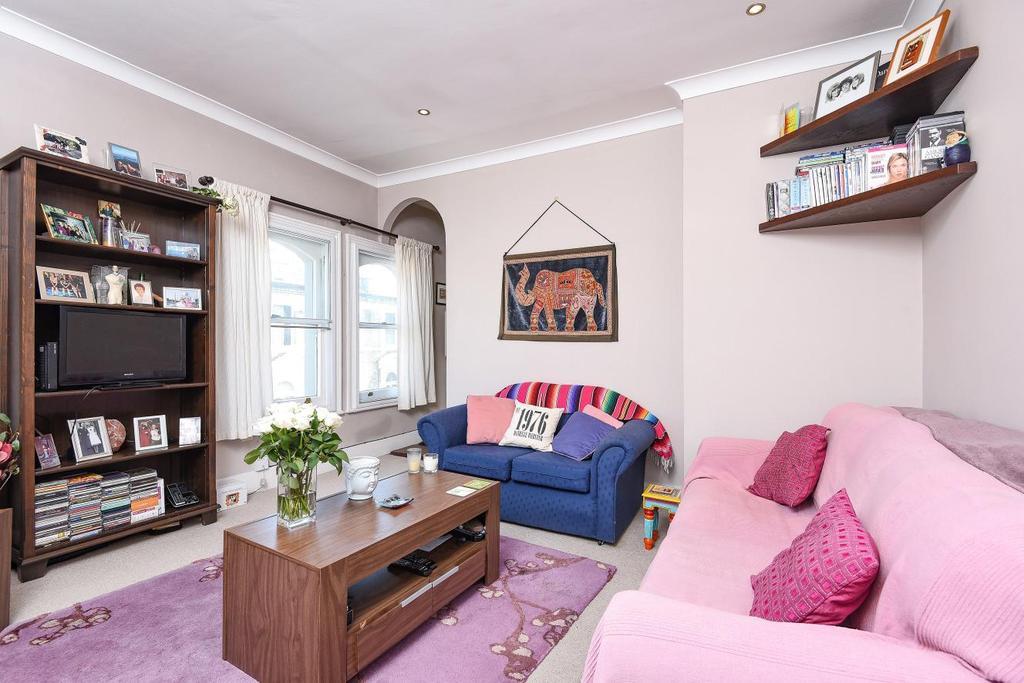 1 Bedroom Flat for sale in Honeywell Road, Battersea