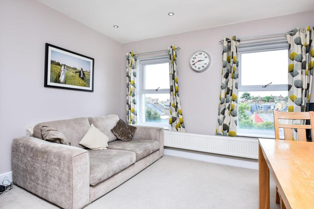 2 Bedrooms Flat for sale in Cavendish Road, Balham