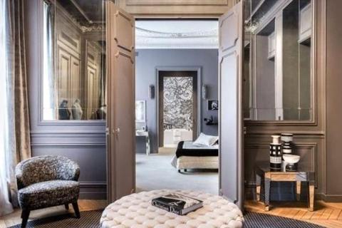 2 bedroom apartment  - Triangle D'Or, Paris
