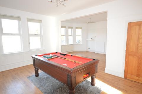 2 bedroom flat to rent - Pen-y-Lan Road, Penylan, Cardiff
