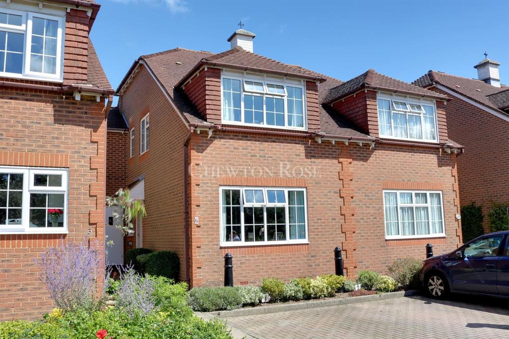 2 Bedrooms Terraced House for sale in Wadhurst, East Sussex. TN5