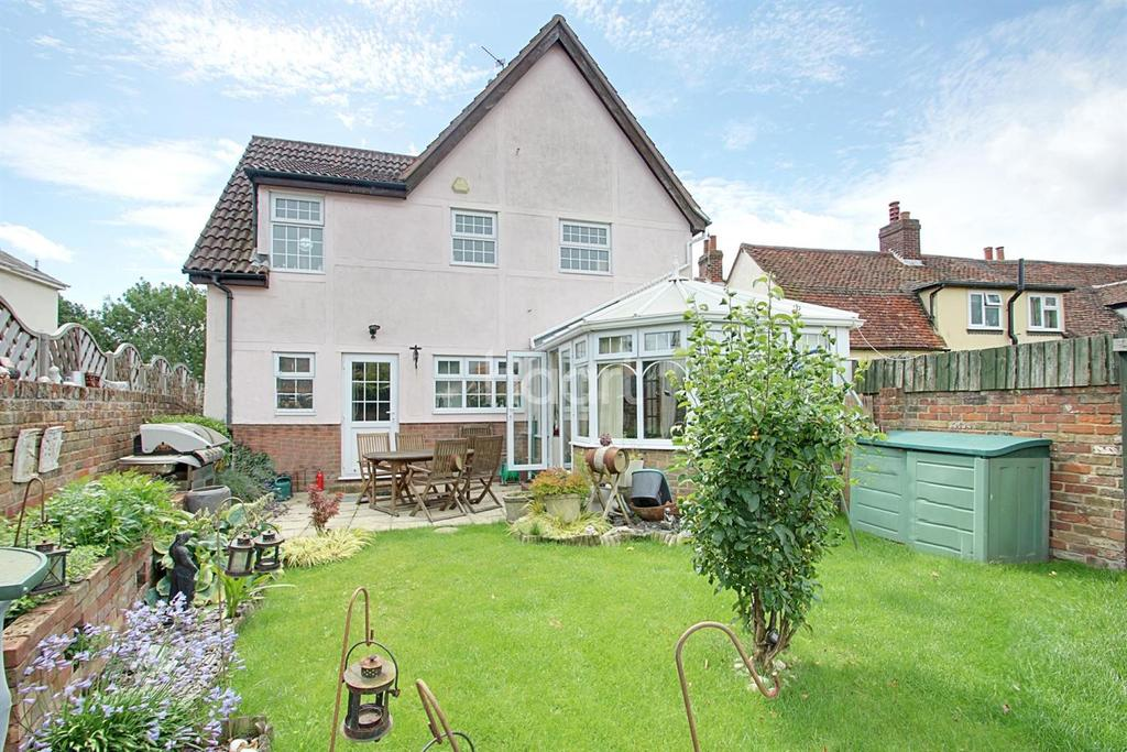 4 Bedrooms Detached House for sale in Coggeshall Road, Braintree