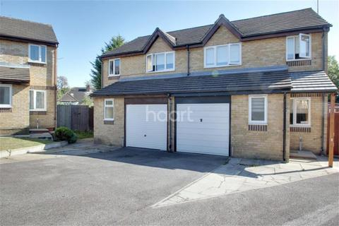 4 bedroom detached house to rent - Leigh Hunt Drive, N14