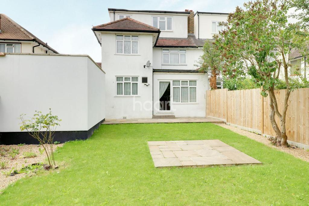 5 Bedrooms Semi Detached House for sale in Chase Road, Oakwood, N14