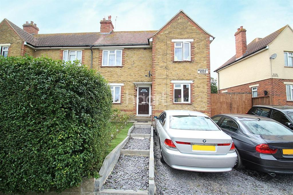 3 Bedrooms Semi Detached House for sale in Bradley Road, Ramsgate, CT12