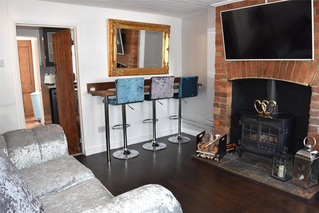 2 Bedrooms Terraced House for sale in Wellington Place, Pitstone