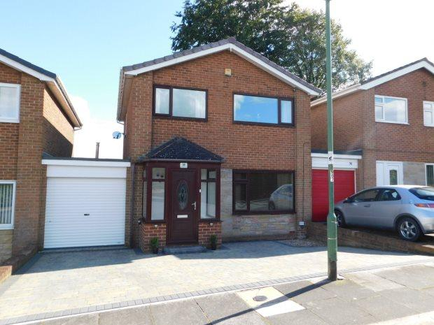 3 Bedrooms Detached House for sale in WOLSINGHAM DRIVE, NEWTON HALL, DURHAM CITY
