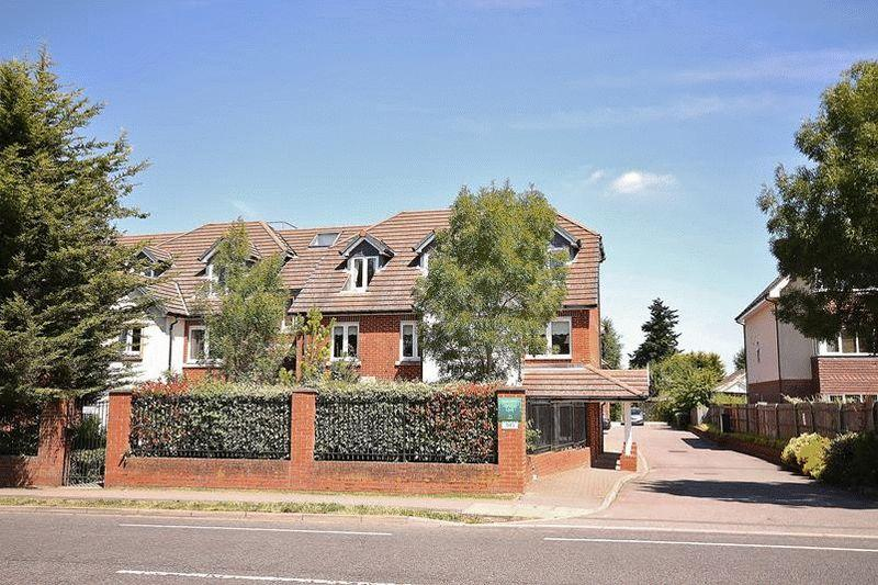 1 Bedroom Retirement Property for sale in Limpsfield Road, Warlingham