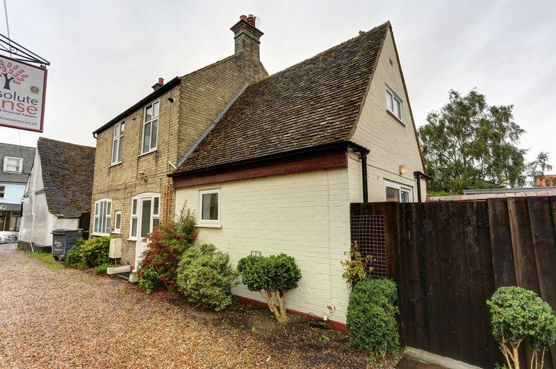 3 Bedrooms Detached House for sale in Market Street, Ely