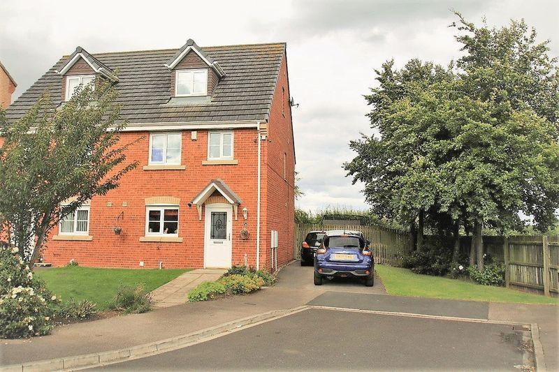 4 Bedrooms Semi Detached House for sale in Jenner Drive, Victoria Gardens, Stockton, TS19 8RE