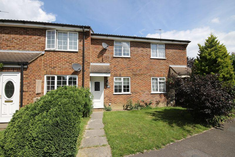 2 Bedrooms Terraced House for sale in Faulkners Way, Burgess Hill, West Sussex