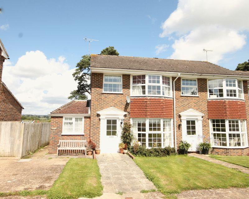 3 Bedrooms End Of Terrace House for sale in The Welkin, Lindfield, West Sussex