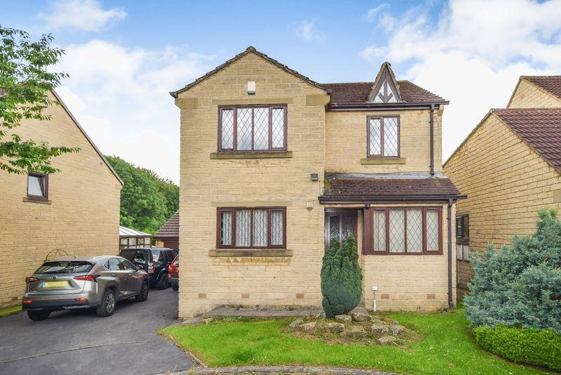 4 Bedrooms Detached House for sale in Badgers Way, Bradford