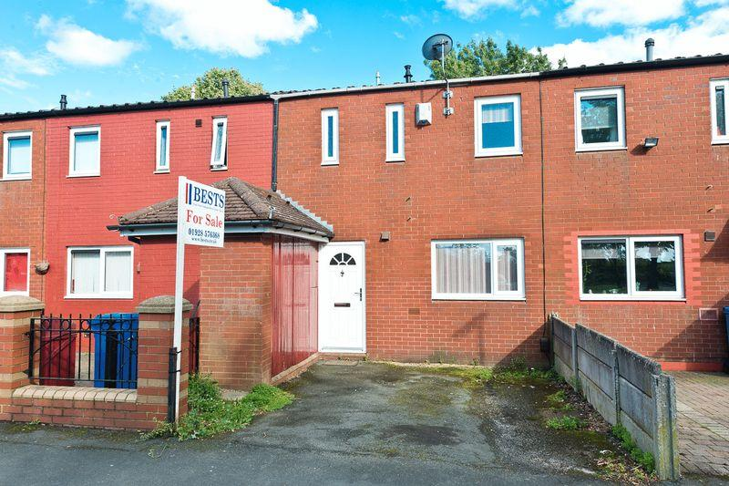 3 Bedrooms Terraced House for sale in The Uplands, Palacefields, Runcorn