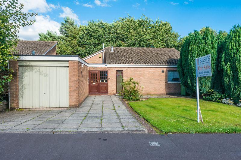 3 Bedrooms Detached Bungalow for sale in Norton View, Halton Village, Runcorn