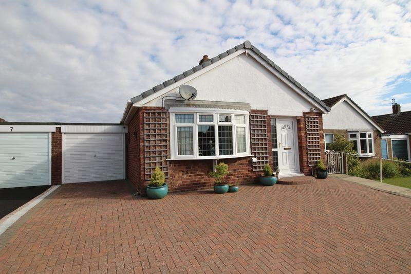 2 Bedrooms Bungalow for sale in Staveley Road, Alford