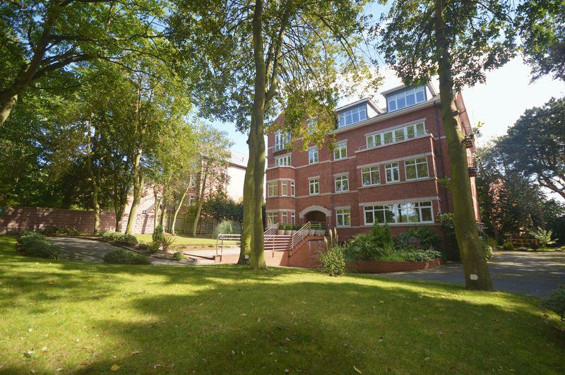 3 Bedrooms Penthouse Flat for sale in Park Avenue, Liverpool