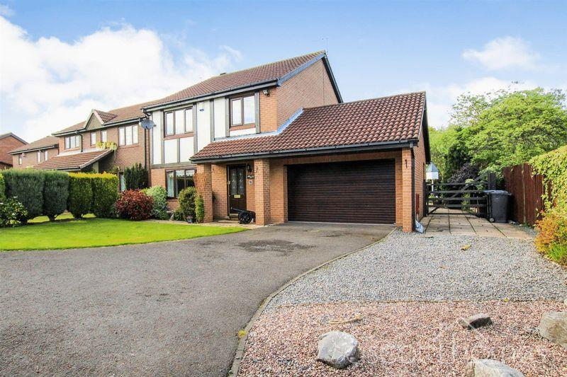 4 Bedrooms Detached House for sale in Castlemaine Close, Houghton Le Spring