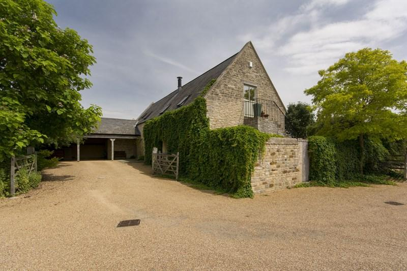 3 Bedrooms Barn Conversion Character Property for sale in Stoke Doyle, Nr Oundle, PE8