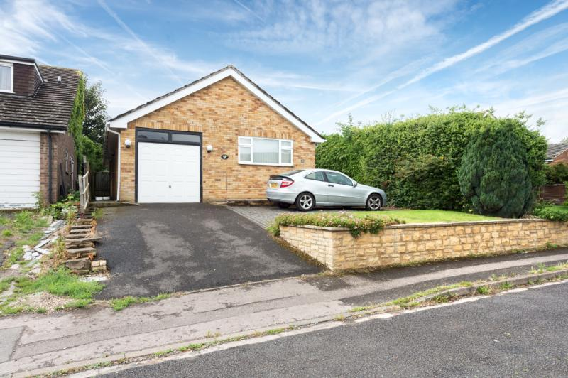 3 Bedrooms Detached Bungalow for sale in Masefield Crescent, Abingdon
