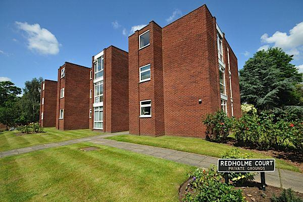 2 Bedrooms Flat for sale in STOURBRIDGE - Redholme Court