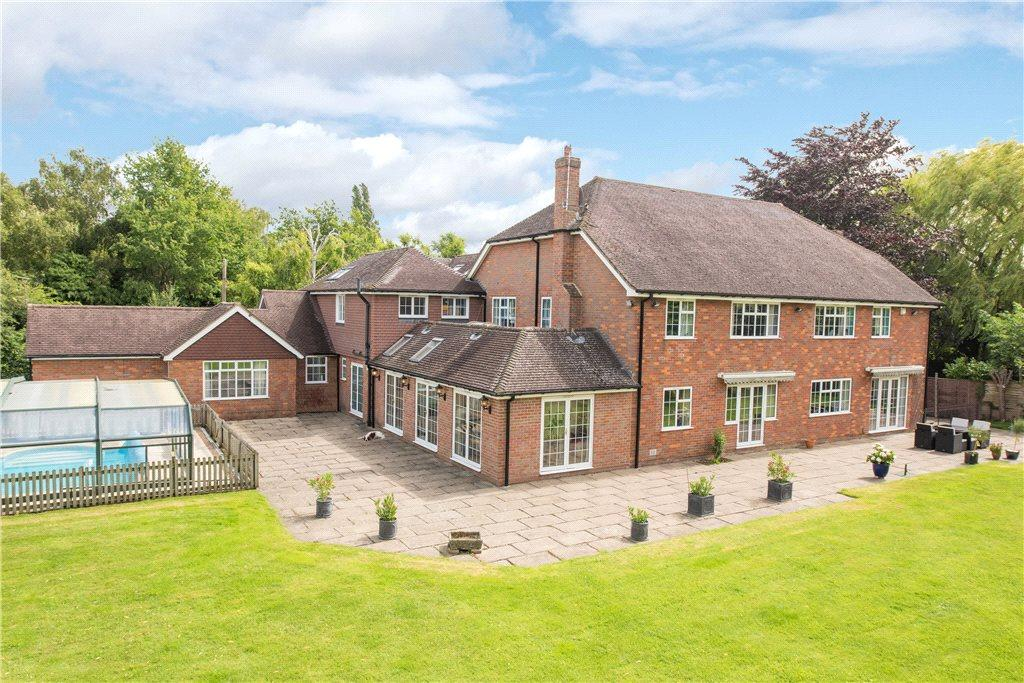 7 Bedrooms Detached House for sale in West End, Weston Turville, Aylesbury, Buckinghamshire