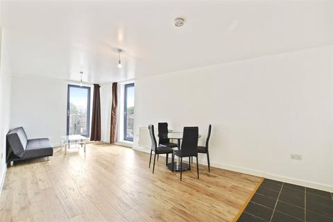 2 bedroom flat to rent - The Drakes, 390 Evelyn Street, London, SE8