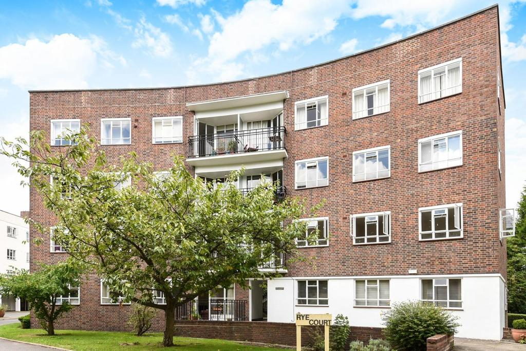 3 Bedrooms Flat for sale in Peckham Rye, East Dulwich