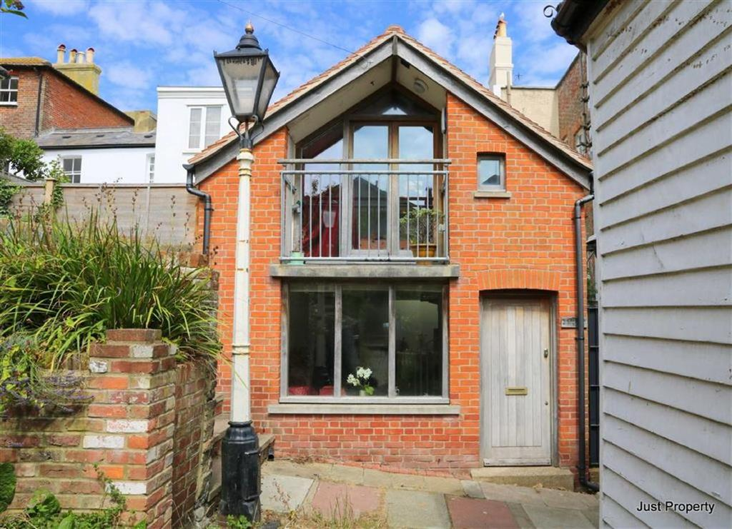 2 Bedrooms Detached House for sale in Croft Road, Hastings