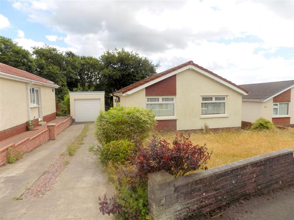 2 Bedrooms Detached Bungalow for sale in Bryncatwg, Neath