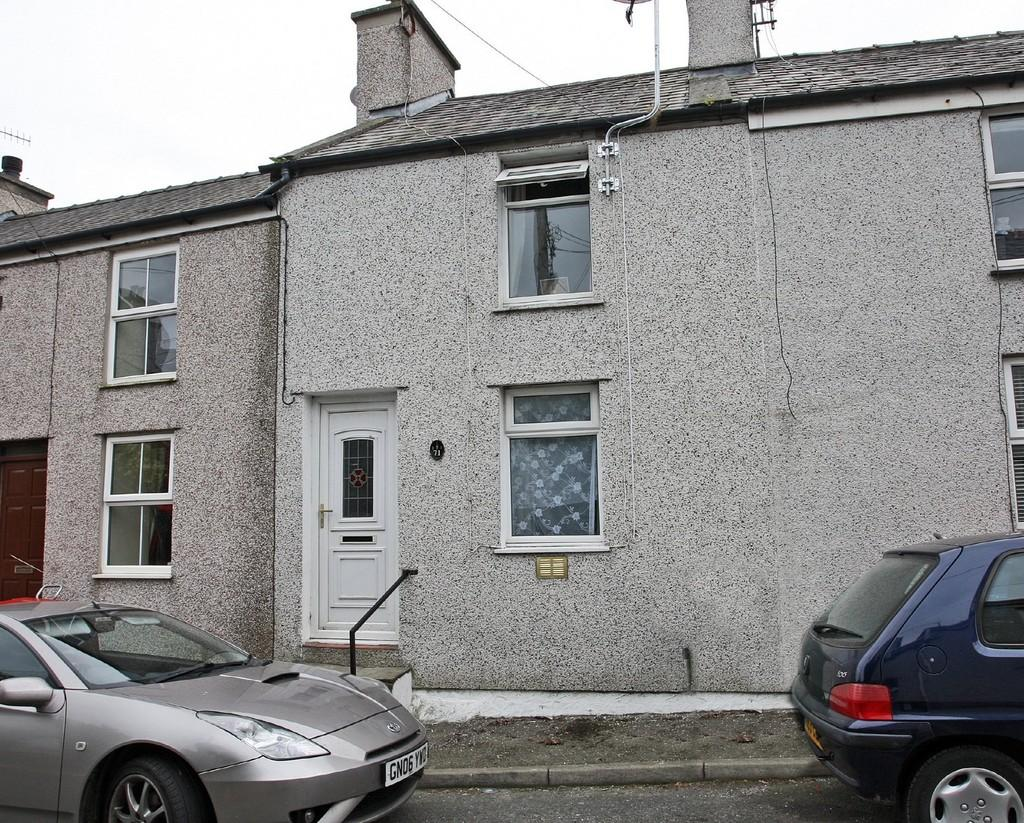 2 Bedrooms Terraced House for sale in Bethesda Street, Amlwch, North Wales