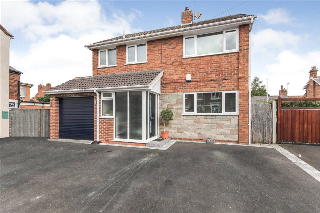 3 Bedrooms Detached House for sale in Brook Street, Stourbridge, West Midlands, DY8