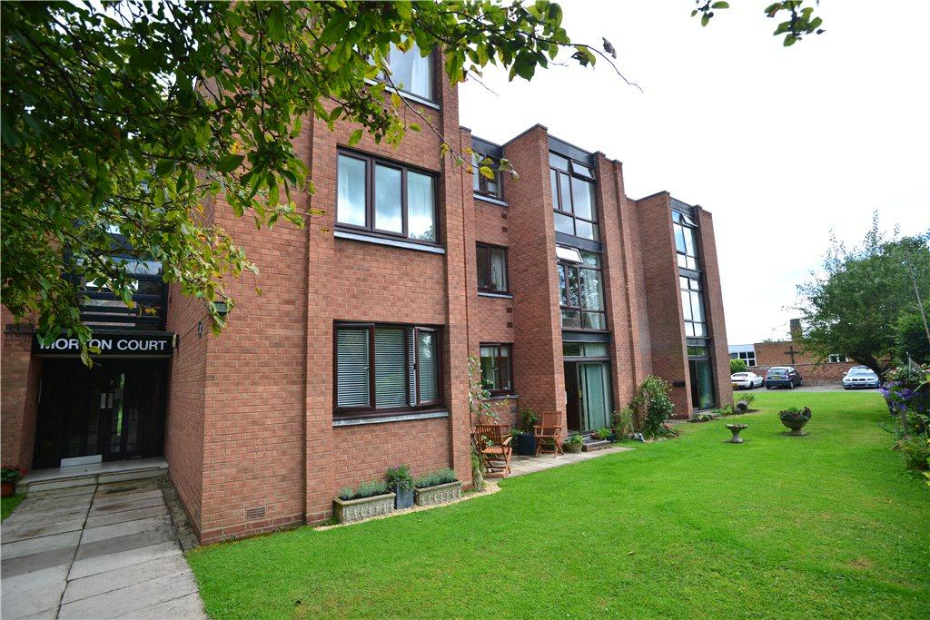 2 Bedrooms Apartment Flat for sale in Morton Court, 10 St. Gregorys Road, Stratford-upon-Avon, CV37